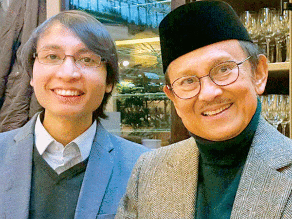 Deretan Kebohongan Ilmuwan Indonesia 'The Next Habibie' dan Permintaan Maafnya