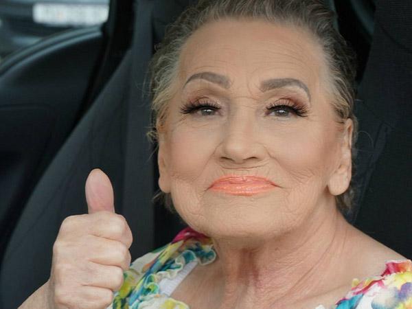 Karena Ulah Sang Cucu, Nenek Berusia 80 Tahun Ini Jadi Viral