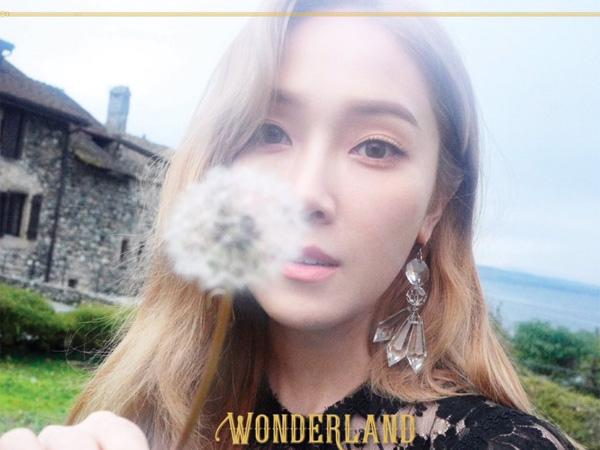 Resmi Comeback, Intip Cantiknya Negeri Impian A la Jessica Jung di MV 'Wonderland'