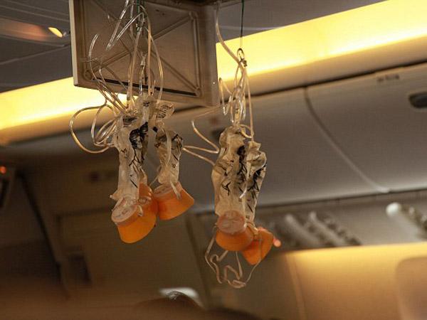 Super Singkat, Ini Alasan Masker Darurat Pesawat Hanya Bertahan Selama 15 Menit