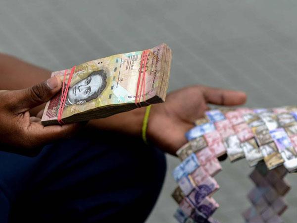 16mata-uang-venezuela.jpg