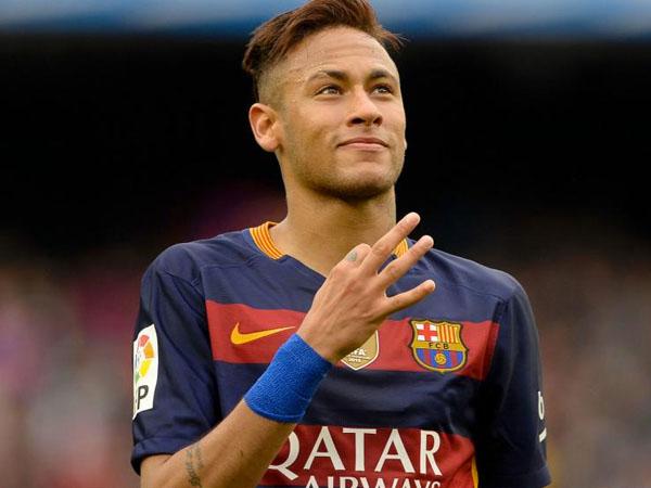 Diincar Banyak Klub Terkenal, Neymar Putuskan Bertahan di Barca Sampai 2021!