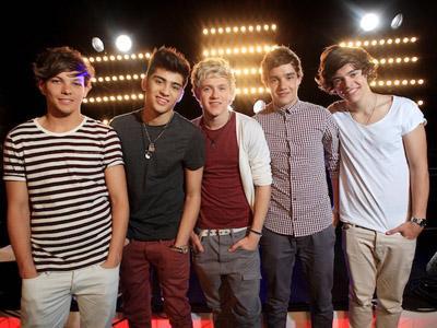 Wah, Ternyata One Direction Pernah Rekaman di Kamar Hotel!
