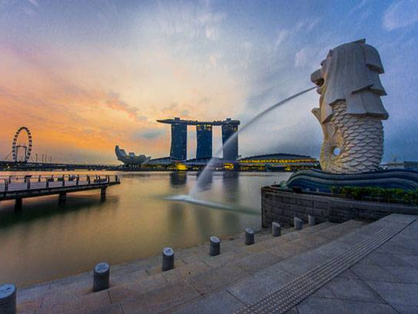 PNS Dilarang Mengakses Internet dari Kantor, Ini Penjelasan PM Singapura