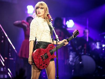 Wah, Taylor Swift Dituduh Jadi Pengikut Setan oleh Penggemarnya!