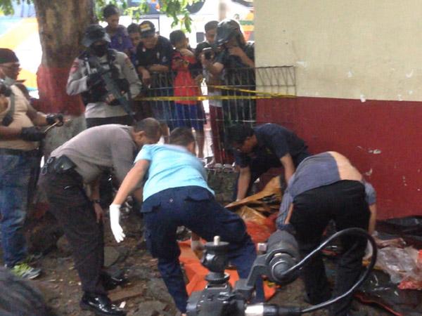 Geger Benda Mencurigakan di Terminal Kampung Rambutan Ternyata Berisi Mayat Bersimbah Darah