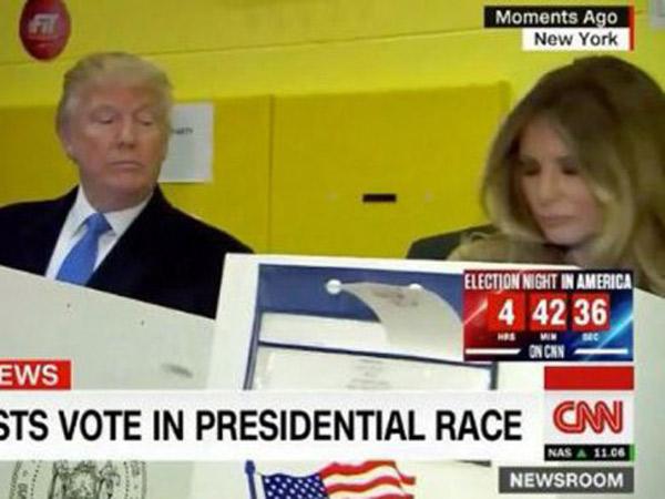 Mengintip Bilik Suara Istri, Foto Donald Trump Jadi Ejekan Viral Netizen
