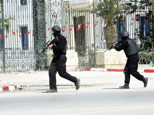 Penembakan Diduga Teroris Terjadi Di Tunisia, ISIS Terlibat?