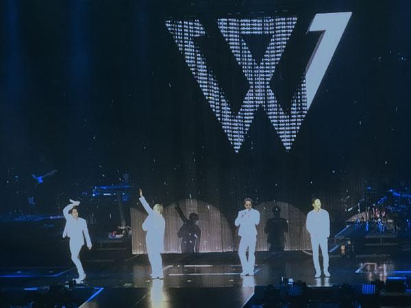 WINNER Sukses Puaskan Fans di Konser 'Cross Tour in Jakarta'
