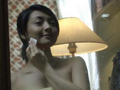 Wiwid Gunawan Topless Demi Film Terbarunya