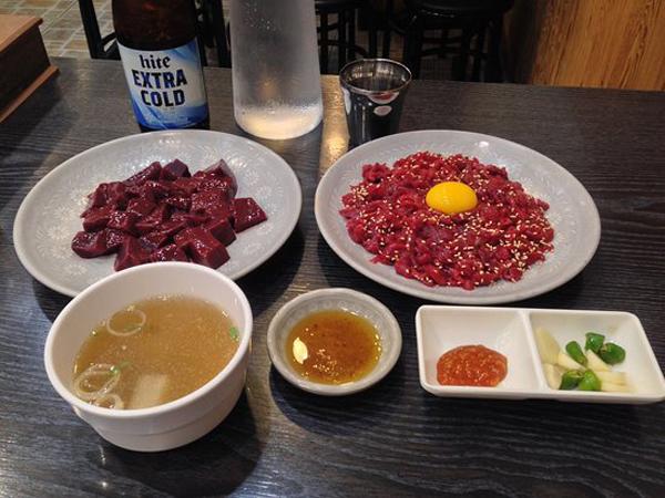 Mengenal Sajian Extrem Namun Lezat dan Jadi Hidangan Ikonik Terbaik Korea Selatan, Yukhoe
