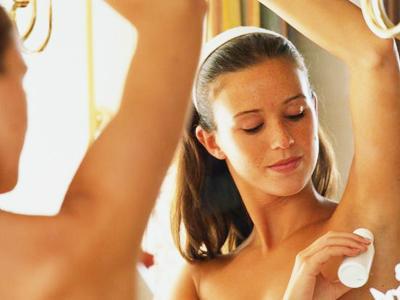 Benarkah Deodoran Bisa Jadi Pemicu Kanker Payudara?