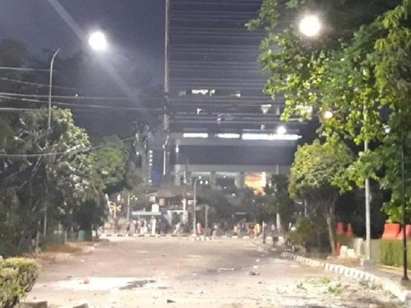 Kondisi Terkini Beberapa Area Demo yang Makin 'Panas', Berhasil Dipukul Mundur Polisi?