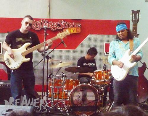Once Terkesima Musik Gugun Blues Shelter