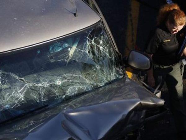Melaju Dengan Kecepatan Tinggi, Pengendara Mobil Ditembak Dari Helikopter Polisi