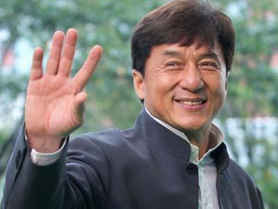 Gunakan Stuntman, Jackie Chan Minta Maaf?