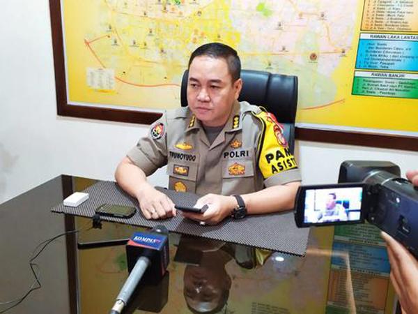 Pihak Kepolisian Tetapkan 'RS' Sebagai Tersangka Pelempar Cairan Biru Perihal Insiden Polisi Terbakar di Cianjur
