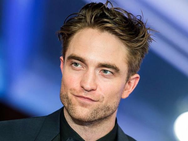 Robert Pattinson Positif Covid-19, Syuting The Batman Dihentikan Lagi
