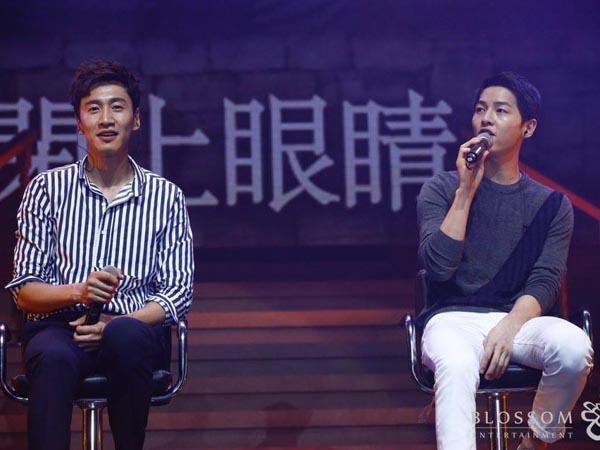 Meski Lucu, Song Joong Ki dan Lee Kwang Soo Tunjukan Duet Memukau di Acara Jumpa Fans