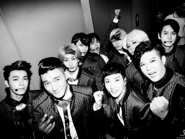 Wow, Super Junior Dianugerahi Global Artist of the Year Oleh 'Hollywood Music Awards 2014'!