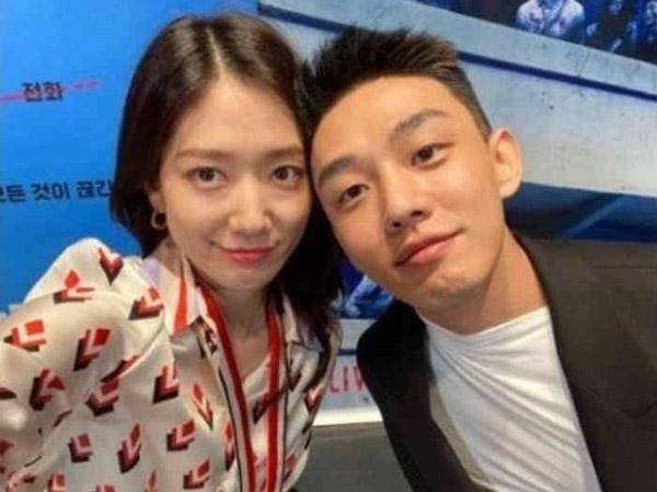 Park Shin Hye dan Yoo Ah In Bagikan Pengalaman Syuting Bareng Zombie di Film '#ALIVE'