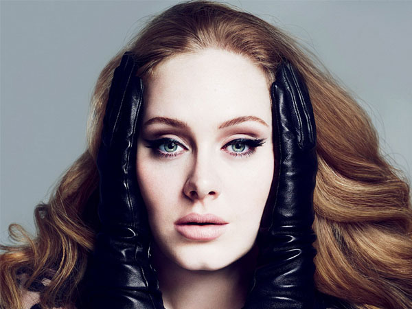 Ditantang Berpose 'Panas' di Majalah Playboy, Ini Tanggapan Adele