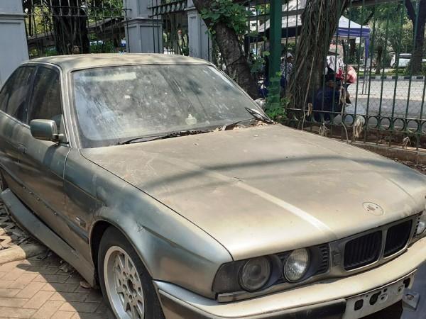 Nasib Mobil BMW Tak Bertuan Yang Terparkir di Monas Selama 4 Tahun