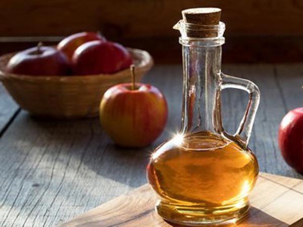 Jangan Sampai Salah, Ini Cara yang Tepat Untuk Aplikasikan Cuka Apel