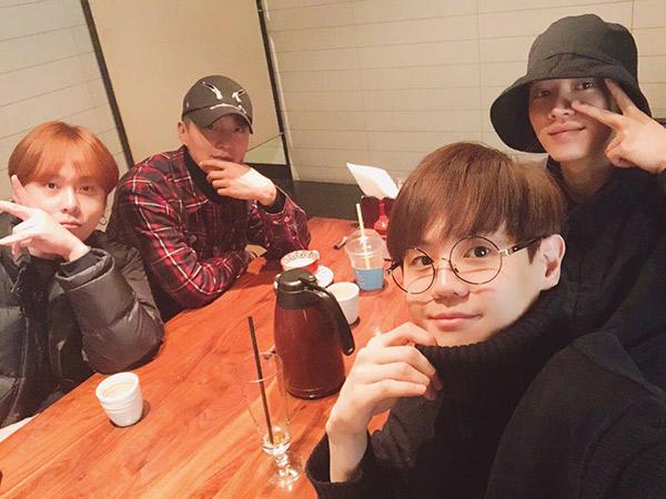Doojoon Reuni Singkat Bareng Member Highlight, Tulis Pesan Manis untuk Fans