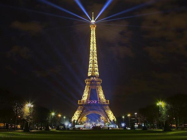 Ini Waktu yang Tepat Untuk Menikmati Keindahan Menara Eiffel