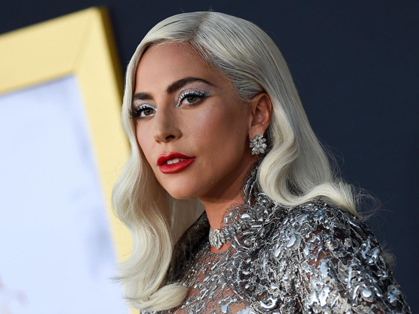 Bukan Bradley Cooper, Lady Gaga Kepergok Cium Mesra Seorang Audio Engineer
