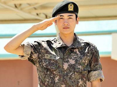 Upss, Hyungshik Ze:a Tak Pakai Celananya di Real Man!