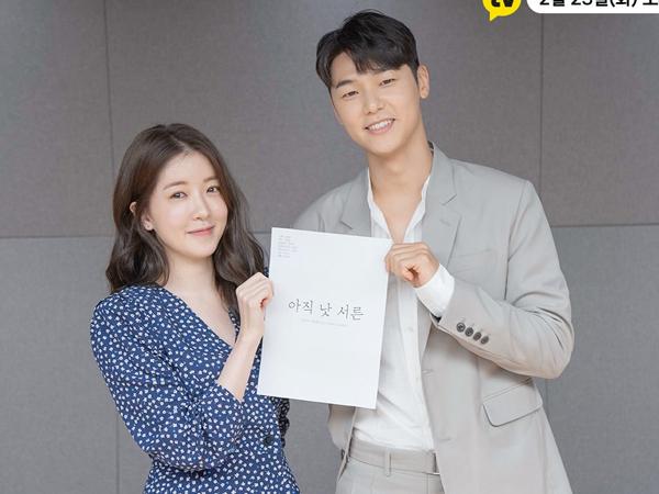 Drama 'How to be Thirty' Rilis Foto Teaser Kang Min Hyuk dan Jung In Sun