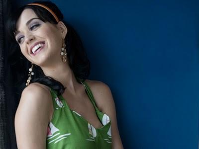 Katy Perry Inginkan Liburan Tanpa Papparazi