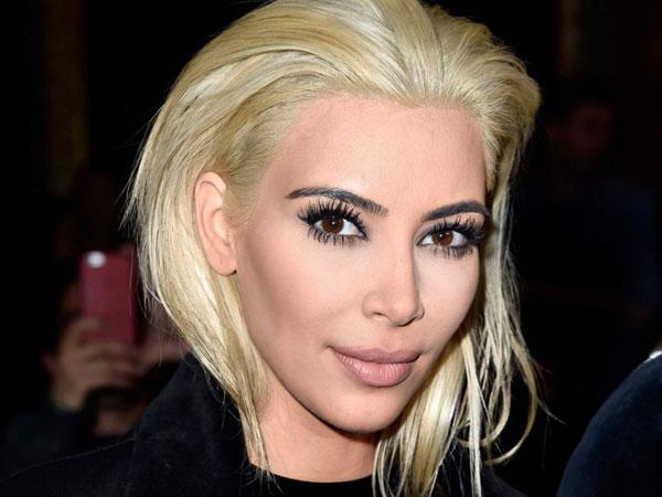 Lagi, Kim Kardashian Ubah Penampilan Rambutnya Secara Drastis!