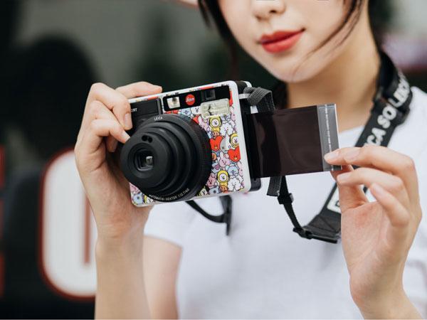 Hanya 500 di Seluruh Dunia, Ini Harga Kamera Leica Edisi BT21
