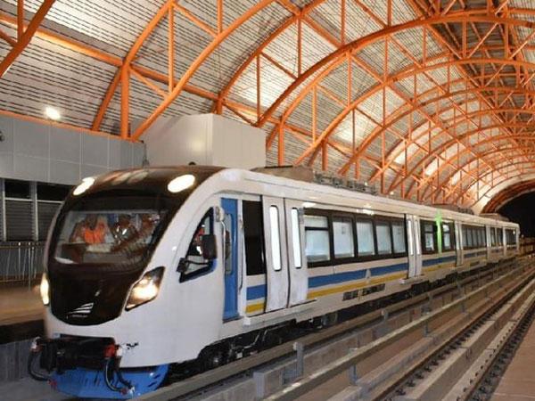 Uji Coba LRT Palembang, Jokowi: Rasanya Seperti di Amerika dan Eropa