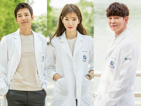 Kim Rae Won atau Yoon Kyun Sang, Siapa Yang Cocok Jadi Pasangan Park Shin Hye di 'Doctors'?