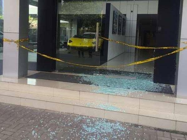 Showroom Lamborghini di Cilandak Ditembak Orang Tak Dikenal