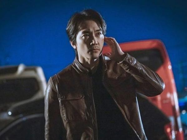 Bocoran Tampilan Song Seung Heon Jadi Derek Jo di Drama Voice 4