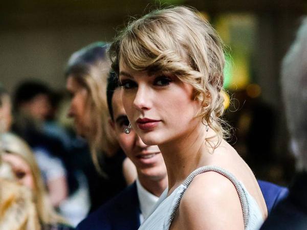 Tak Datang ke Grammy Awards, Taylor Swift Lebih Pilih Temani Sang Pacar di BAFTA Awards 2019