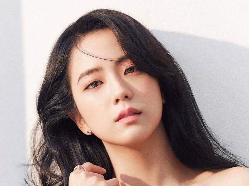 Jisoo BLACKPINK Dipilih Jadi Idola K-Pop Paling Cantik oleh Dokter Operasi Plastik