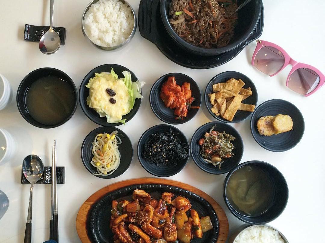 Santap Masakan Tradisional Korea di Restoran Makan Itaewon Ini, Dijamin Halal!
