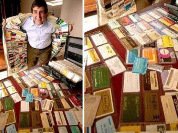 Hebat, Nama Pria Ini Masuk Buku Rekor Dunia Karena Mengoleksi Kartu Kredit Terbanyak