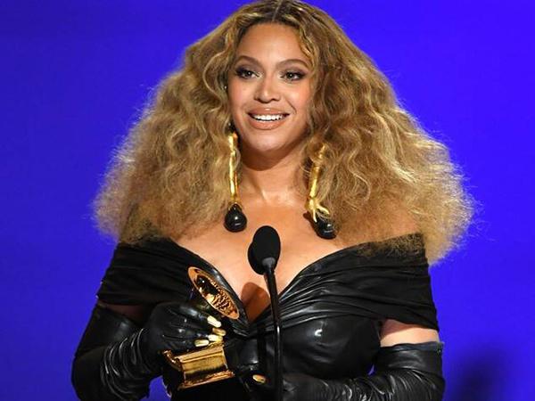 Beyonce dan Putrinya Cetak Sejarah Baru Grammy