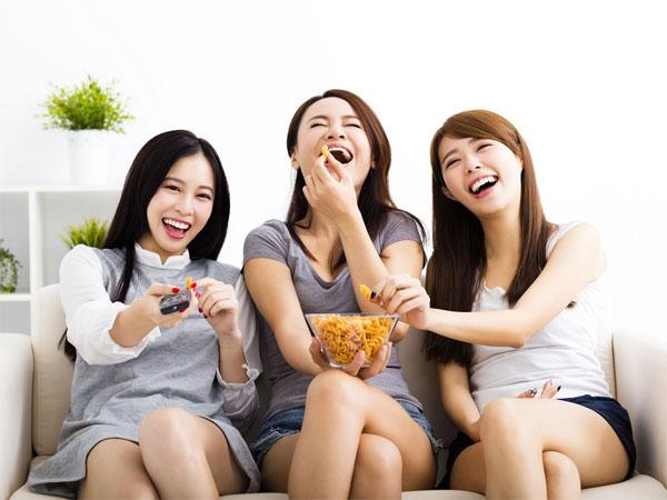 Jenis Snack yang Cocok untuk Nonton Drama Korea