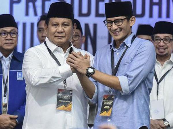 Beredar Kertas yang Berisi Daftar Nama Timses Prabowo-Sandiga di Sebuah Mobil