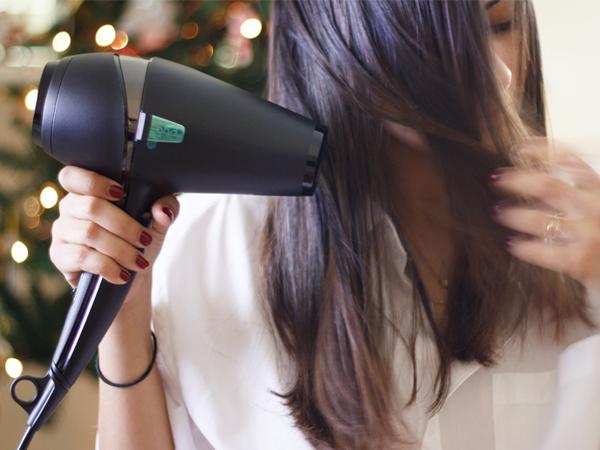 Ini Dia Masalah Rambut yang Bisa Terjadi karena Sering Pakai Hair Dryer