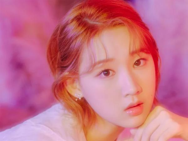 Jiyoon Akan Absen dari Promosi Album Baru Weeekly karena Gangguan Kecemasan