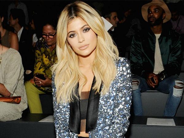 Tak Lanjutkan Pendidikan, Ini Rencana Besar Kylie Jenner untuk Masa Depannya